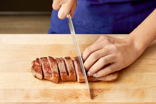 Slice the steak & serve your dish: