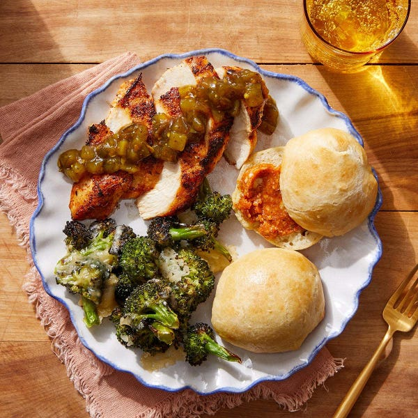 Cajun-Style Chicken & Cheesy Broccoli with Dinner Rolls & Spiced Honey Butter