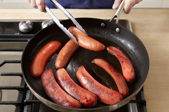Sear the knockwurst: