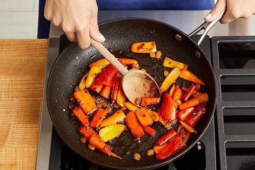 Make the carrot-pepper agrodolce: