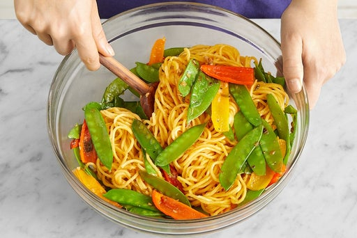 Cook the snow peas & sweet peppers: