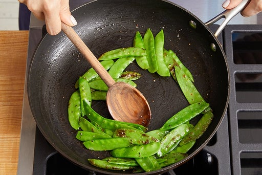 Cook & marinate the snow peas: