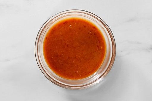 Make the Spicy Peanut Sauce: