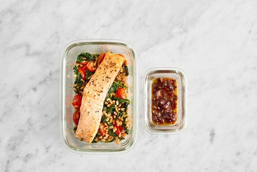 Assemble & Store the Mediterranean Salmon & Farro: