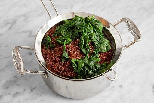 Cook the quinoa & spinach: