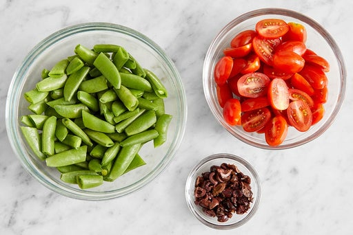 Prepare the ingredients for the Shredded Chicken & Farro: