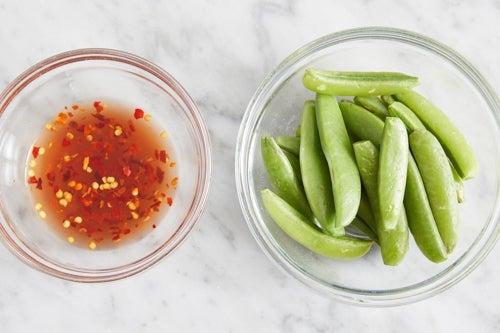Prepare the ingredients & make the hot honey: