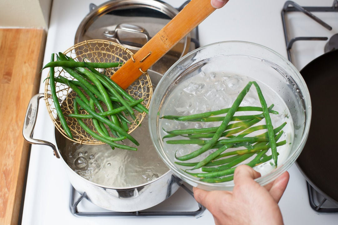 Cook the haricot verts & potatoes: