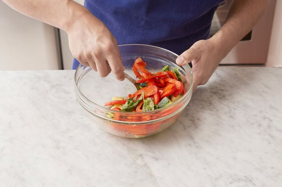 Cook the pepper & make the salad: