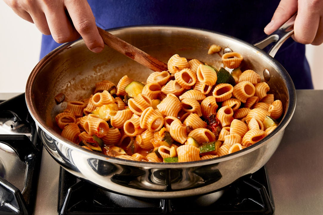 Finish the pasta & plate your dish: