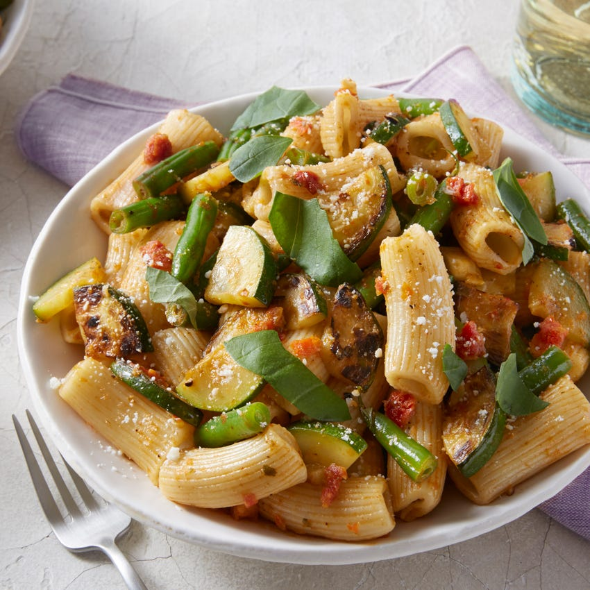 Fresh Rigatoni & Sun-Dried Tomato Pesto with Green Beans & Summer Squash