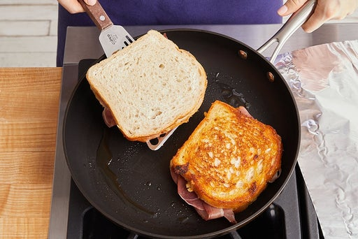 Cook the sandwiches & serve your dish