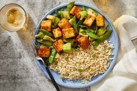 General Tso's-Style Tofu with Snap Peas & White Rice