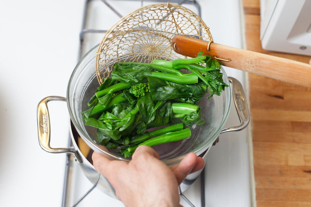 Cook the Chinese broccoli:
