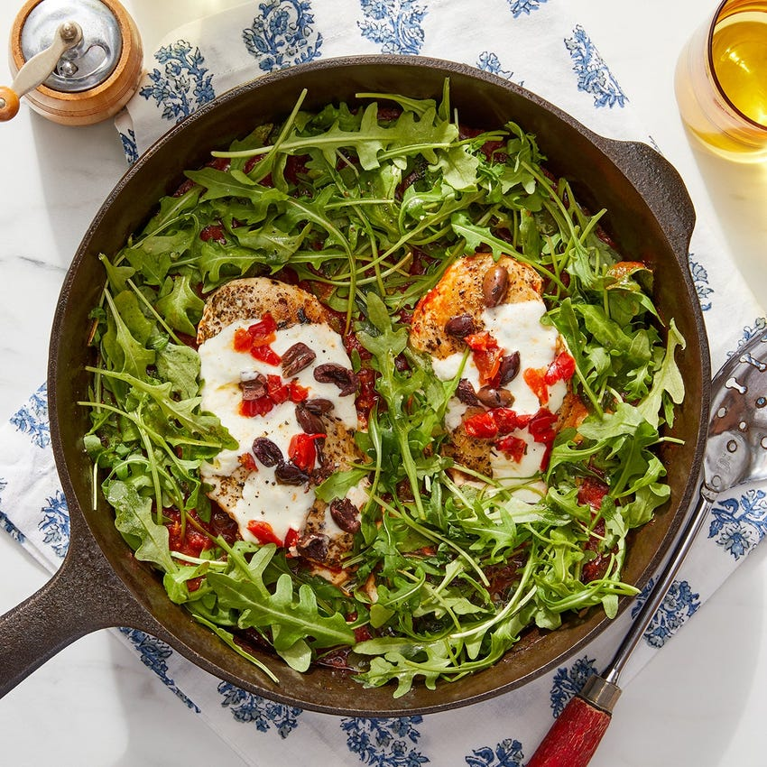 Cheesy Chicken Skillet with Tomato Sauce, Arugula & Olives