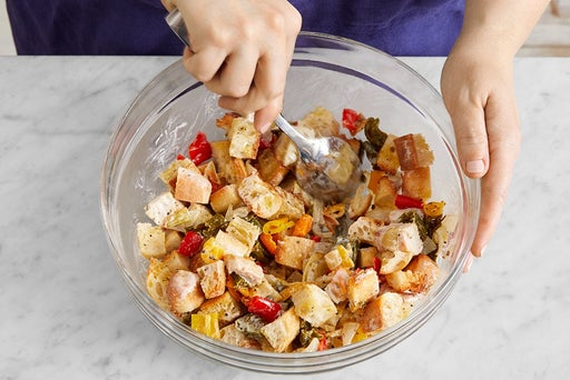 Make the panzanella