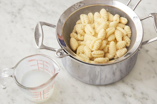 Cook the gnocchi: