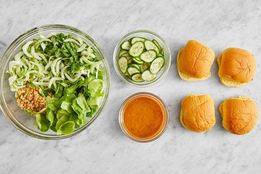 Prepare the ingredients & make the peanut sauce