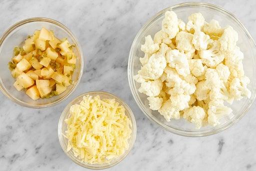 Prepare the ingredients & marinate the persimmon