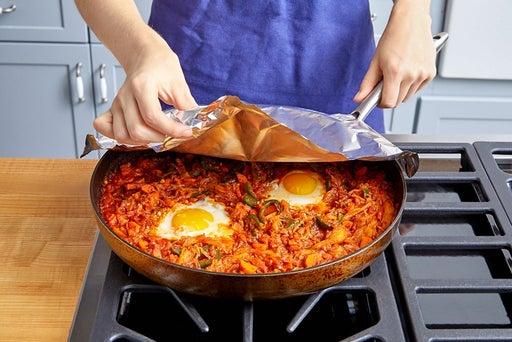Finish the shakshuka & serve your dish