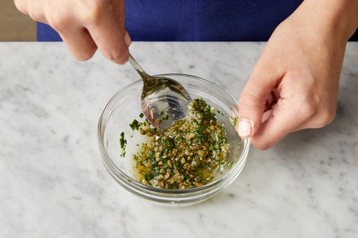 Make the salsa verde