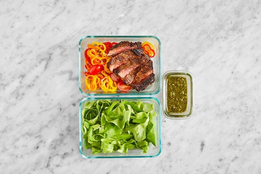 Assemble & Store the Mexican-Style Steak Salad