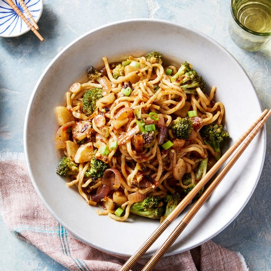 Spicy Sesame Lo Mein Noodles with Broccoli & Turnip