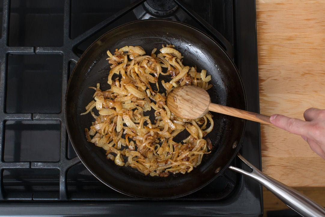 Caramelize the fennel & onion: