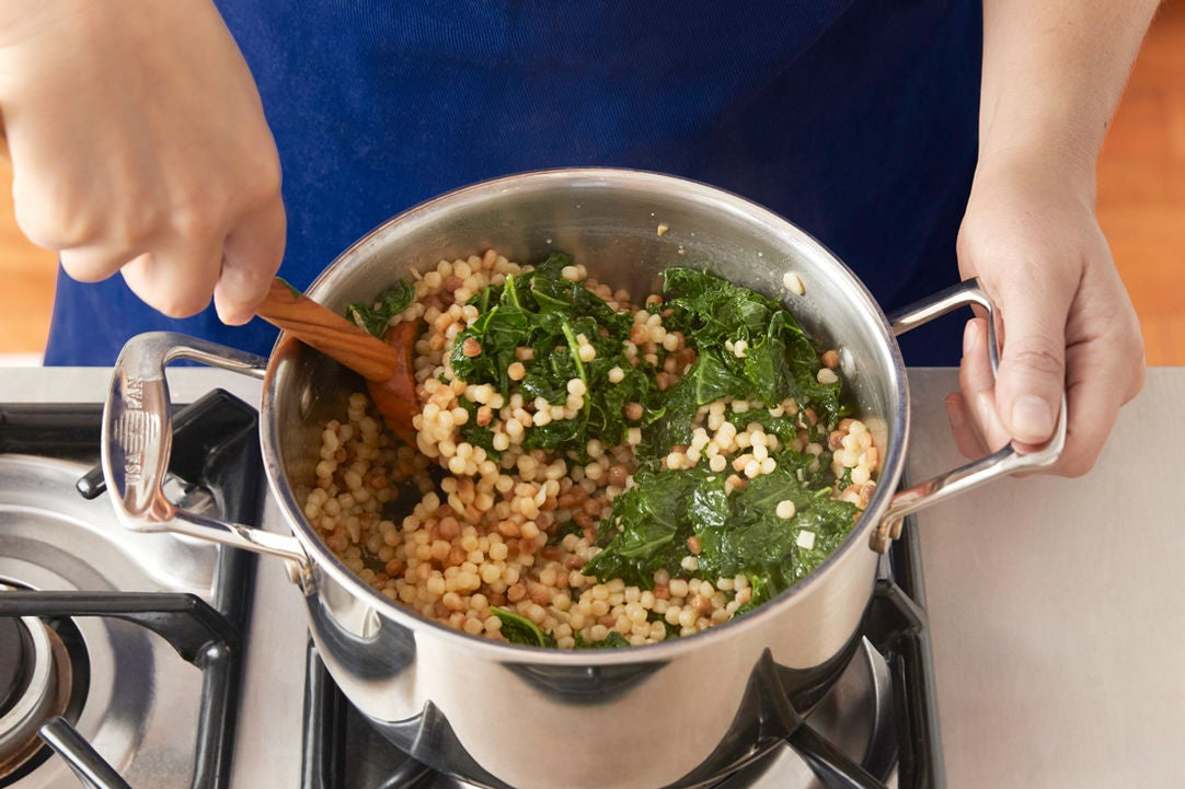 Cook the kale & finish the pasta: