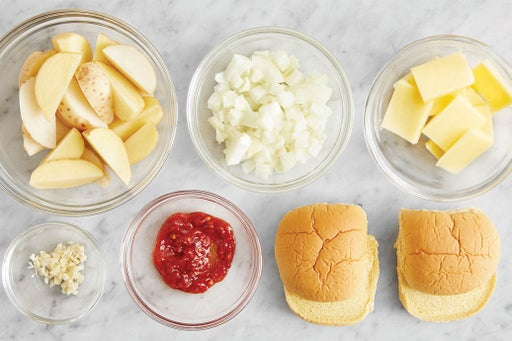 Prepare the ingredients & make the spicy ketchup