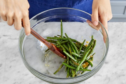 Finish the green beans & serve your dish