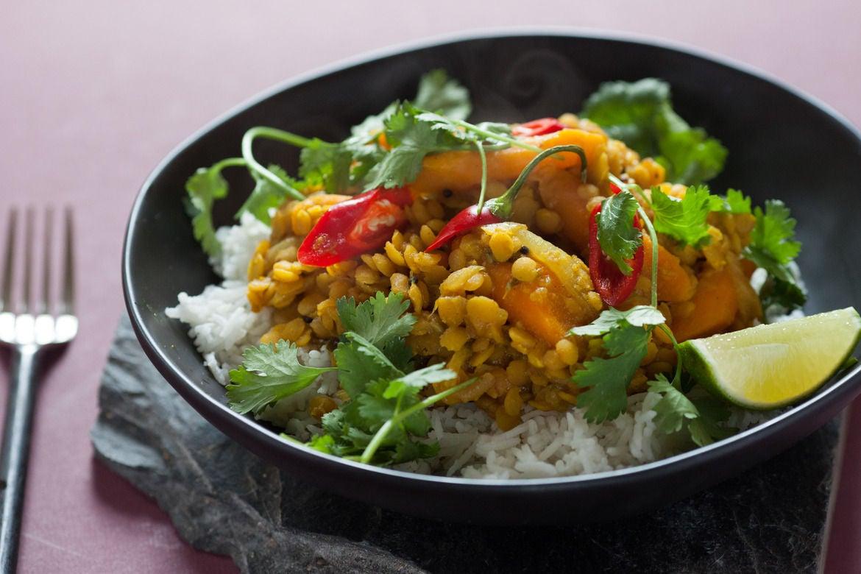 Djoser Nepal maaltijd eten dal bhat