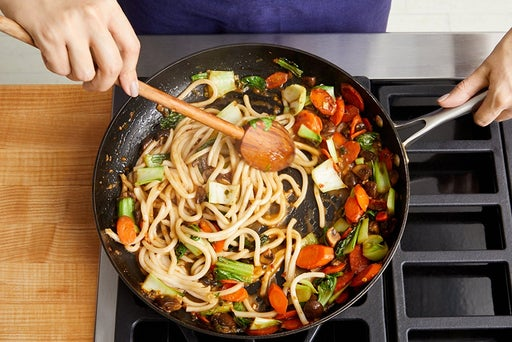 Finish the stir-fry & serve your dish