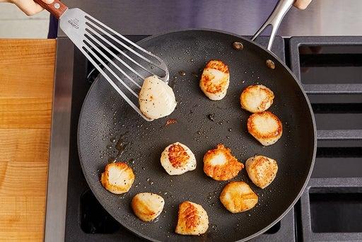 Prepare & cook the scallops