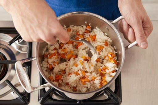 Make the persimmon rice: