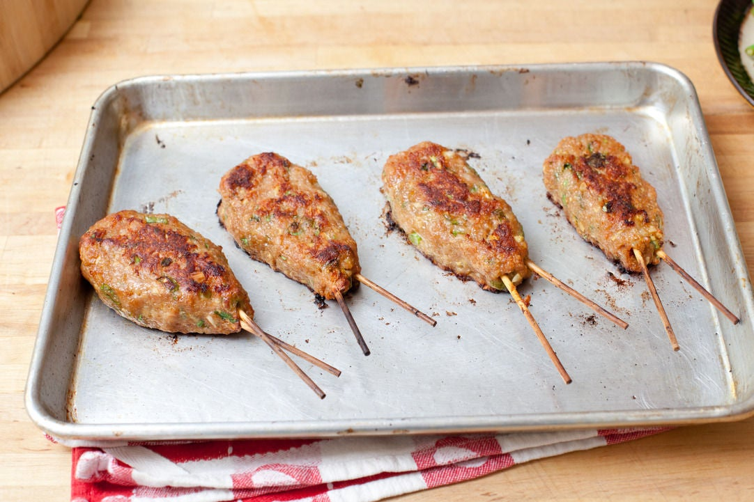 Cook the yakitori: