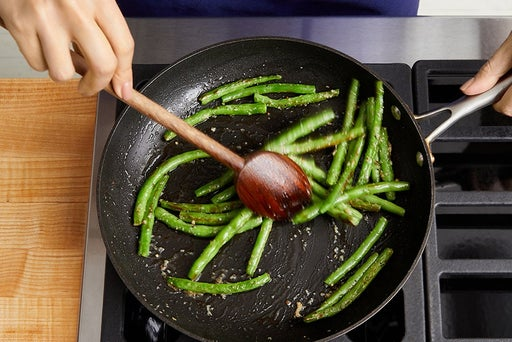 Cook & finish the green beans
