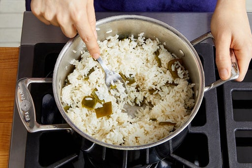Make the pepper rice