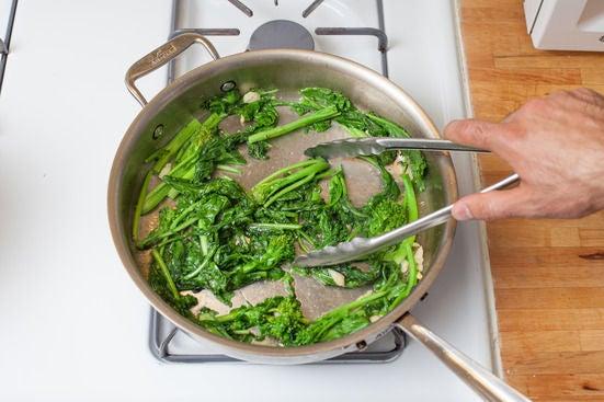 Cook the garlic & broccoli rabe: