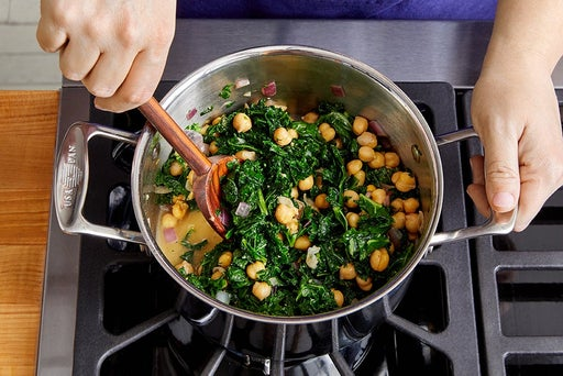 Cook the kale & chickpeas