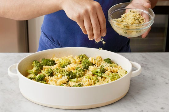 Finish the pasta & season the breadcrumbs:
