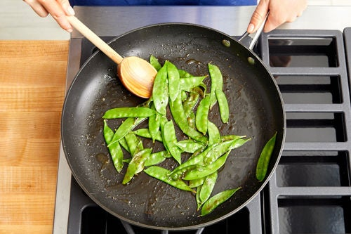 Cook & finish the snow peas: