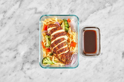 Assemble & Store the Japanese-Style Chicken & Noodles