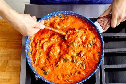 Finish the tikka masala & serve your dish