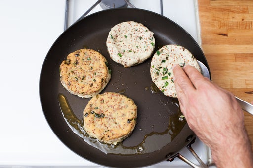 Cook the sopes: