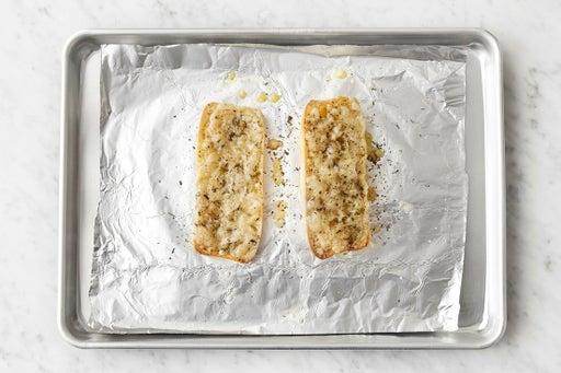 Make the cheesy bread: