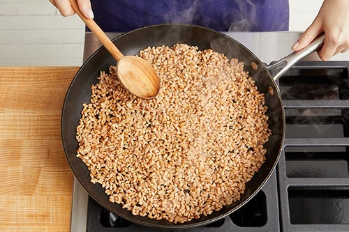 Finish the farro & serve your dish