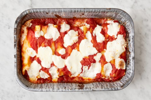 Bake the cannelloni & serve your dish: