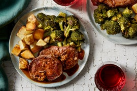 Seared Beef Medallions with Roasted Broccoli & Rosemary Pan Sauce