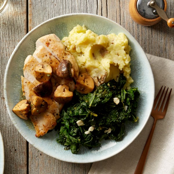 Seared Chicken & Mashed Potatoes with Mushroom Pan Sauce
